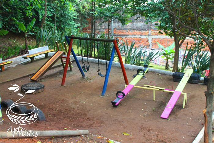 Revitalização com Instituto Elos/Oasis/GVT e participação da Arte em Pneus
